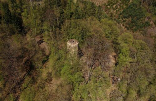 Hrad Chřenovice z výšky